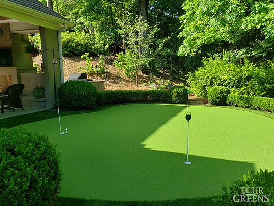 Tour Greens - Outdoor Putting Green